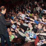 Fans reaching out for Apolo Ohno